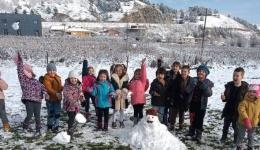 """Сефте на снегот и првиот Снешко направија дечињата од ЈОУДГ """"Мајски цвет""""Битола"""